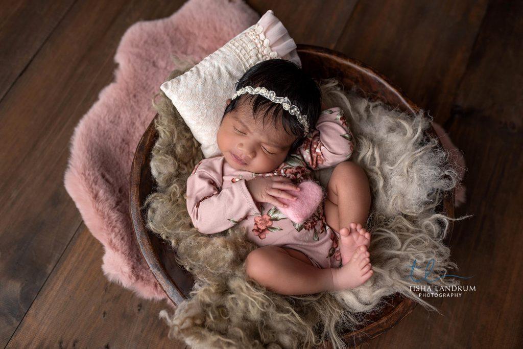 Baby & Newborn Photographer